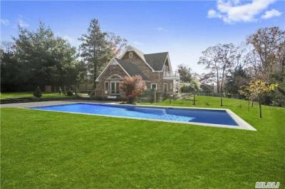 Photo of 11 Squaw Rd, East Hampton, NY 11937
