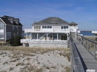 Photo of 695 Dune Rd, Westhampton Bch, NY 11978