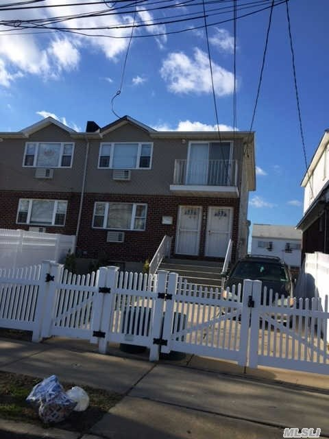 649 Beach 68 St, Far Rockaway, NY 11691