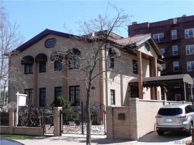 Photo of 112-38 72 Ave, Forest Hills, NY 11375