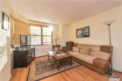 70-25 Yellowstone Blvd #1n, Forest Hills, NY 11375