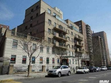 42-31 Colden St #R1a, Flushing, NY 11355