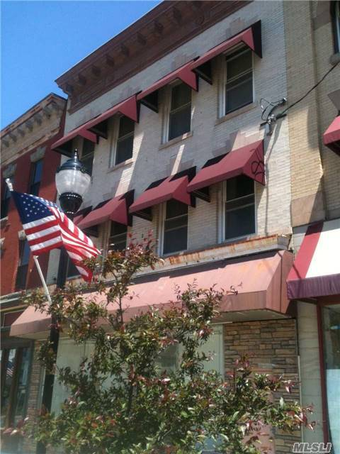 428 Broadway, Out Of Area Town, NY 12701