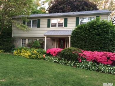 78 Harriet Ln, Huntington, NY 11743