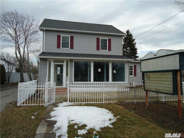 91 Medford Ave, Patchogue, NY 11772