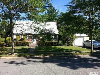 391 Elmore Ave, East Meadow, NY 11554