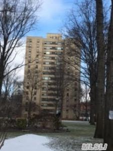 6 Fordham Hill Ova #4d, Out Of Area Town, NY 10468