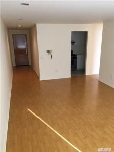 300 E 90st, Out Of Area Town, NY 10128