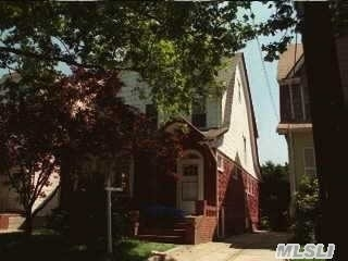 50-19 Clearview Expy, Flushing, NY 11354