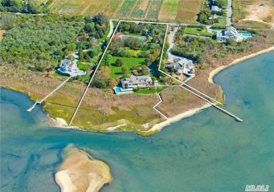 140 Bay Ave, East Moriches, NY 11940