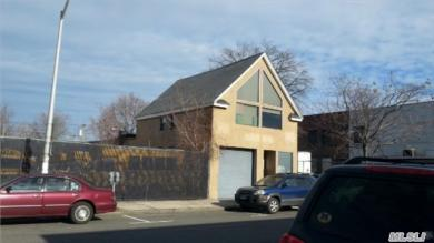 317 E 3rd St, Out Of Area Town, NY 10550