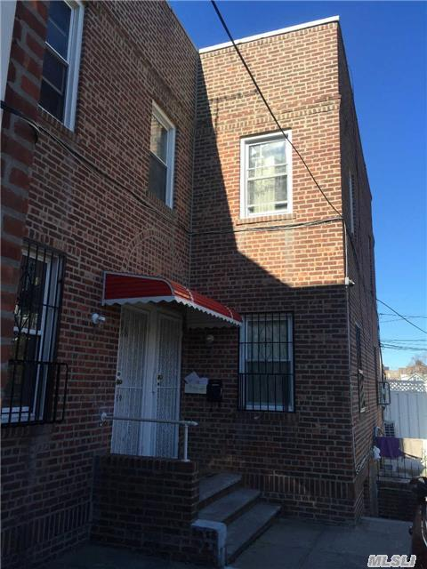 138-09 Booth Memorial Ave, Flushing, NY 11355