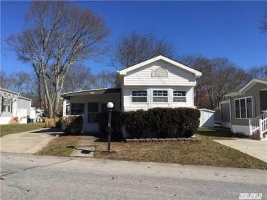 1661-176 Old Country Rd, Riverhead, NY 11901