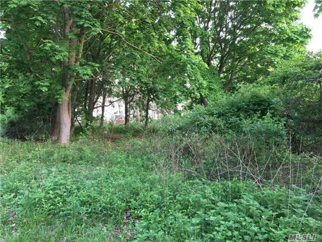 Lot A Watchogue Ave, East Moriches, NY 11940