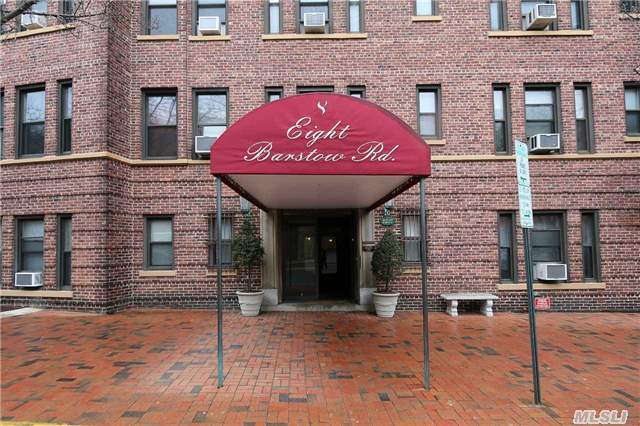 8 Barstow Rd #2g, Great Neck, NY 11021