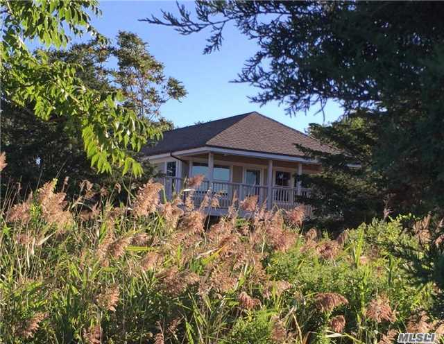 1854 N Bayview Rd, Southold, NY 11971