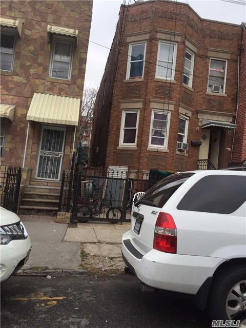 104-49 38th Ave, Corona, NY 11368