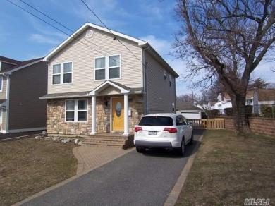2467 Horace Ct, Bellmore, NY 11710