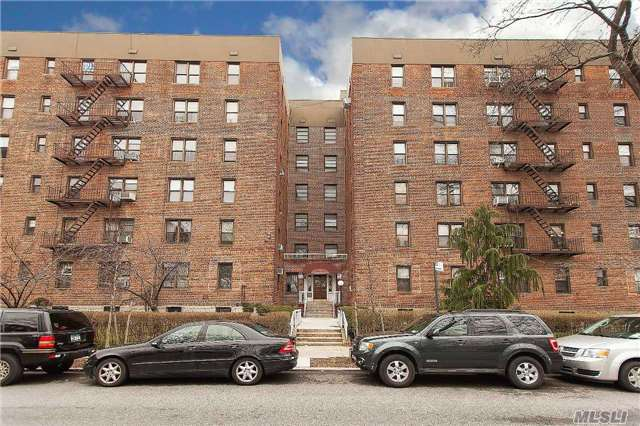 2645 Homecrest Ave. #2a, Sheepshead Bay, NY 11235