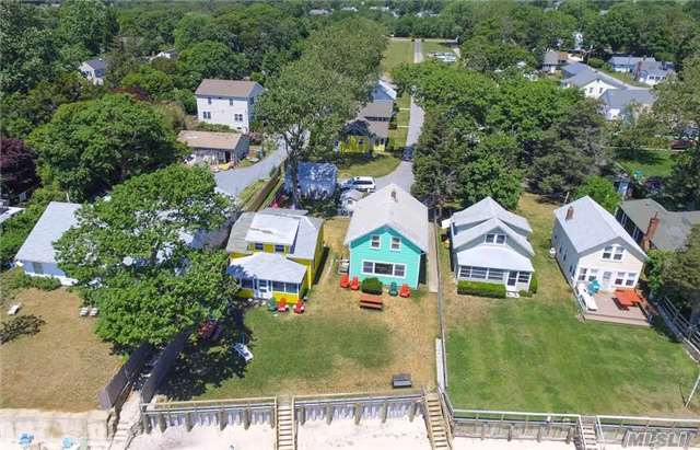 18 Peconic Bay Blvd, Jamesport, NY 11947