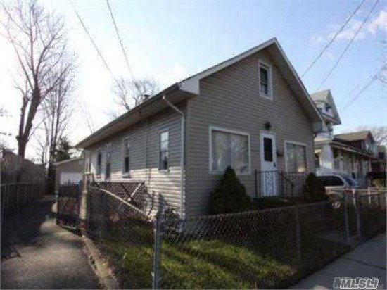 455 Atlantic Ave, Freeport, NY 11520