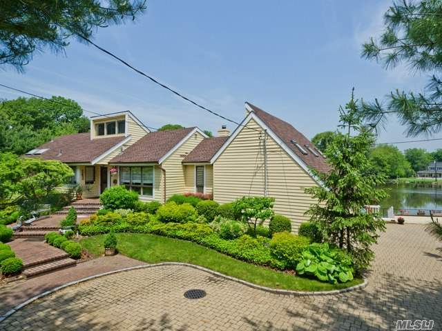 142 Cold Spring Rd, Syosset, NY 11791