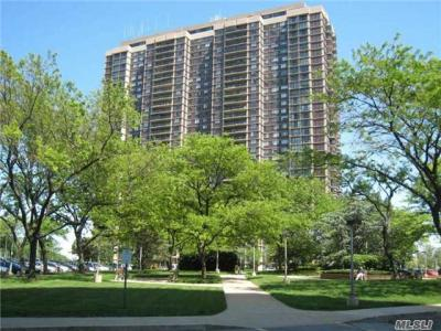 Photo of 26910 Grand Central Pky #31l, Floral Park, NY 11005