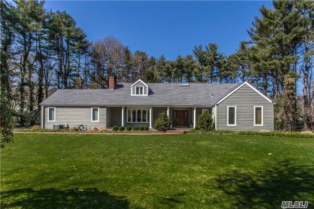 5 Emerson Rd, Brookville, NY 11545