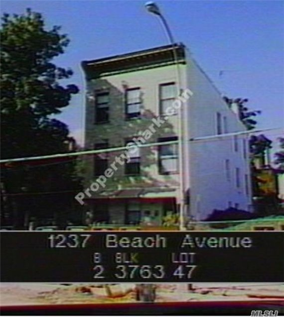 1237 Beach Ave, Out Of Area Town, NY 10472