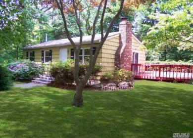 66 Kale Rd, Rocky Point, NY 11778