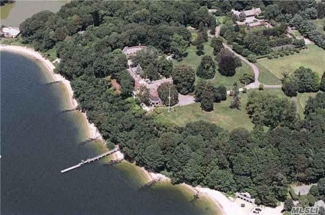 31 Fort Hill Dr, Lloyd Harbor, NY 11743