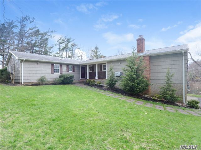 1230 Bayberry Rd, Cutchogue, NY 11935