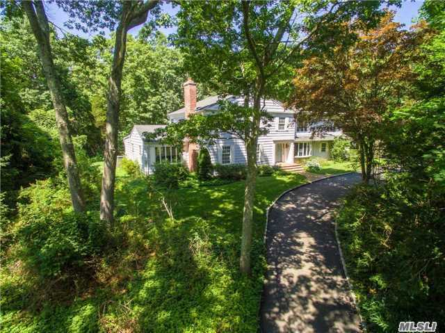 5 West Gate, Old Field, NY 11733