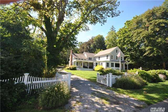 96 Old Field Rd, Old Field, NY 11733
