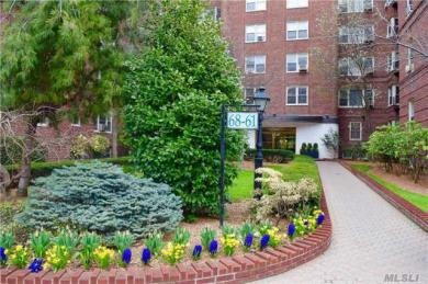 68-61 Yellowstone Blvd #402, Forest Hills, NY 11375