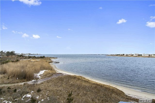 260 Dune Rd #98, Westhampton Bch, NY 11978