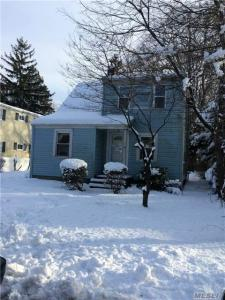 38 E 19th St, Huntington Sta, NY 11746