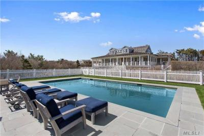 Photo of 84 Dune Rd, Quogue, NY 11959