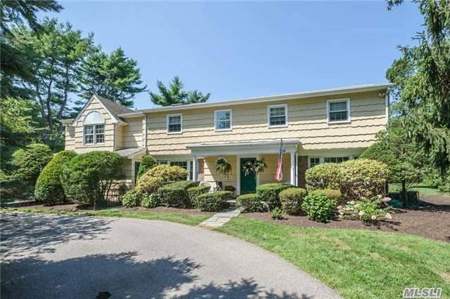 221 Cold Spring Rd, Syosset, NY 11791