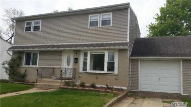 336 Andrew Ave, East Meadow, NY 11554
