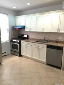 123-10 11th Ave, College Point, NY 11356