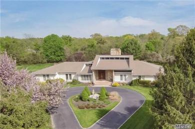 3 Meadow Gate West, Head Of Harbor, NY 11780