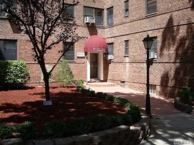 102-45 67 Rd #4t, Forest Hills, NY 11375