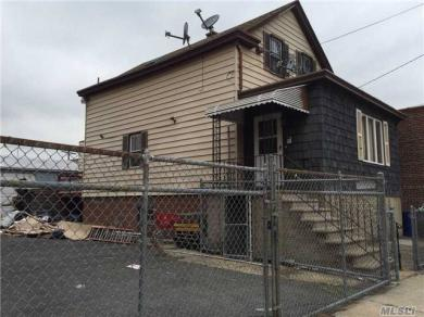 15-12 123 St, College Point, NY 11356