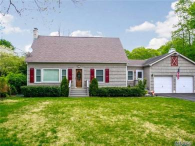 15 Grandview Blvd, Miller Place, NY 11764