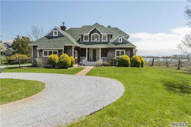 30 Penniman Point Rd, Quogue, NY 11959