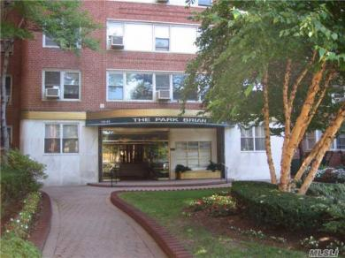 110-45 Queens Blvd #808, Forest Hills, NY 11375