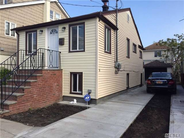 102-10 164th Rd, Howard Beach, NY 11414