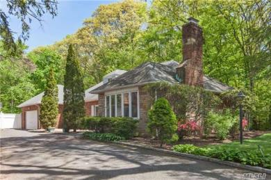 Forest hills queens ny real estate homes for sale for West elm long island