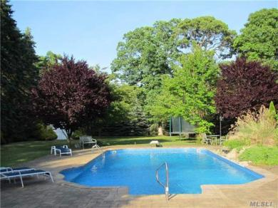 3870 Rocky Point Rd, East Marion, NY 11939